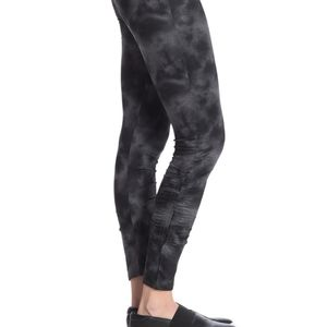 SOCIALITE RUCHED PRINT LEGGINGS SMALL